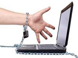 نشانه ها و راه های درمان اعتیاد به اینترنت