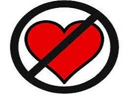نشانه های مردی که عاشق نیست